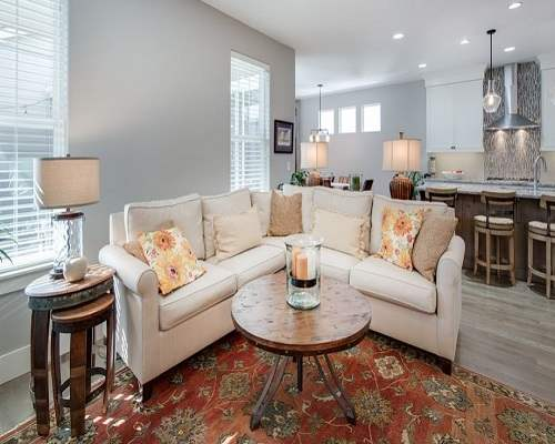 Home Staging.JPG