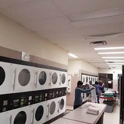 24 hour Toronto coin laundromat services.jpg