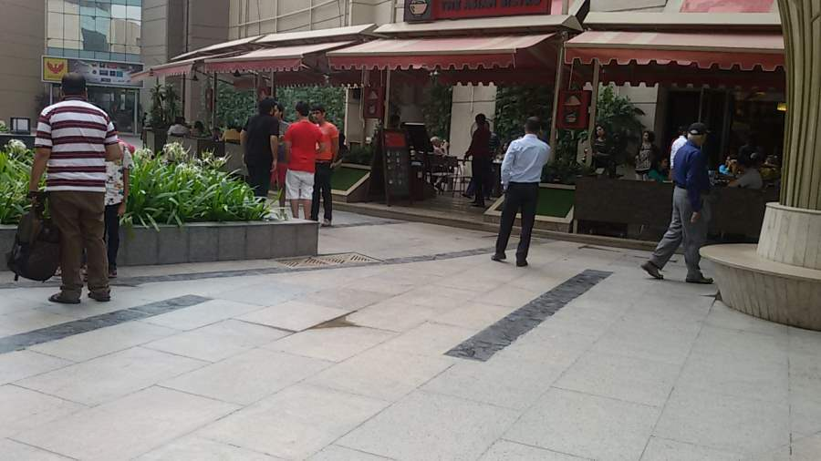 awning-dealers-in-pune.jpg