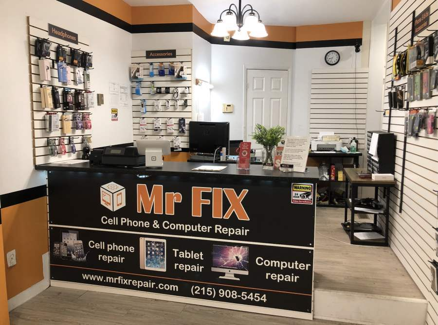 MrFix_Philadelphia_front_desk.jpg