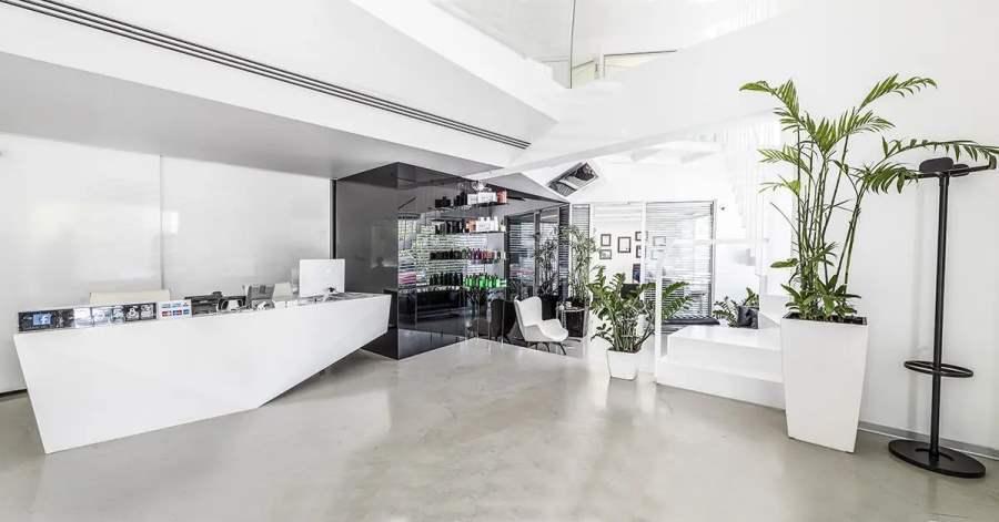 interior025.jpg